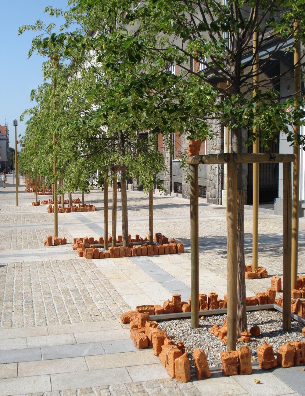 Daginstitutioner bygger huse omkring gadens træer, Slovenien_3